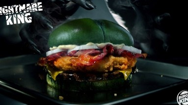 Celebre o Halloween com o hamburguer verde do Burguer King!